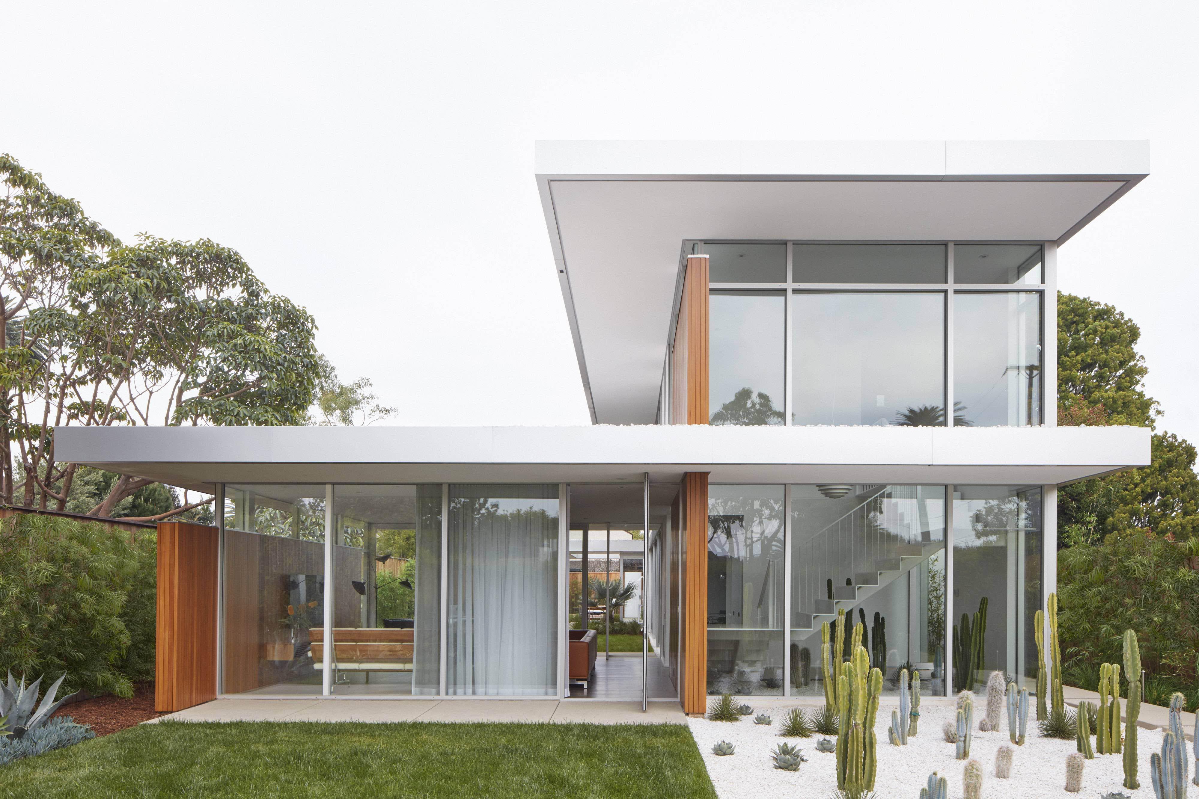 Santa Monica Residence Front Facia